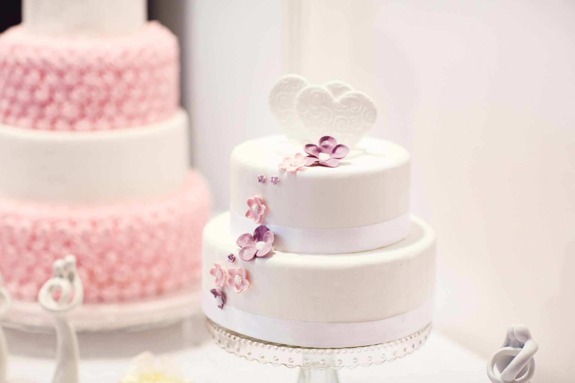 Baka din egen bröllopstårta